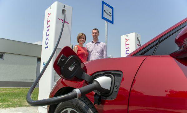 Elektromos autó töltés otthon – mennyivel fog emelkedni a számlám?